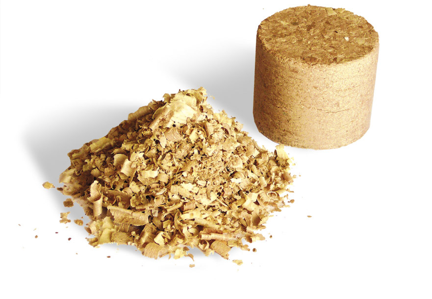 Samodzielna produkcja brykietu drzewnego.